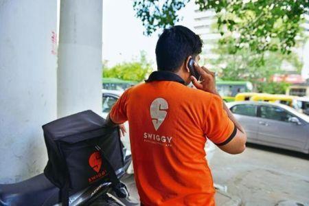 La start-up indienne Swiggy lève 1 milliard $ au cours d'un cycle de financement dirigé par le sud-africain Naspers