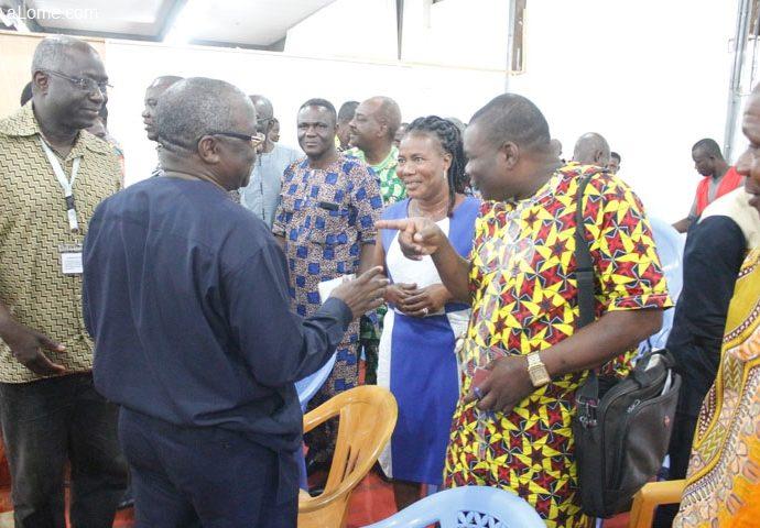 De mystérieux messages WhatsApp avant les législatives togolaises