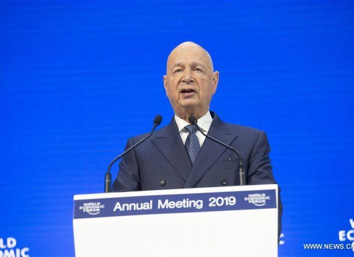 """Ouverture du Forum économique mondial à Davos avec pour thème """"Mondialisation 4.0"""""""