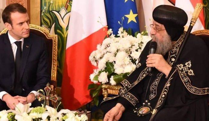 Macron en Egypte s'entretient avec le Pape Tawadros