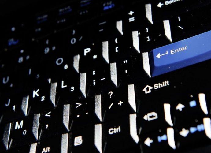 """""""Vous avez visité un site porno"""" : une arnaque massive par mail inquiète les autorités"""