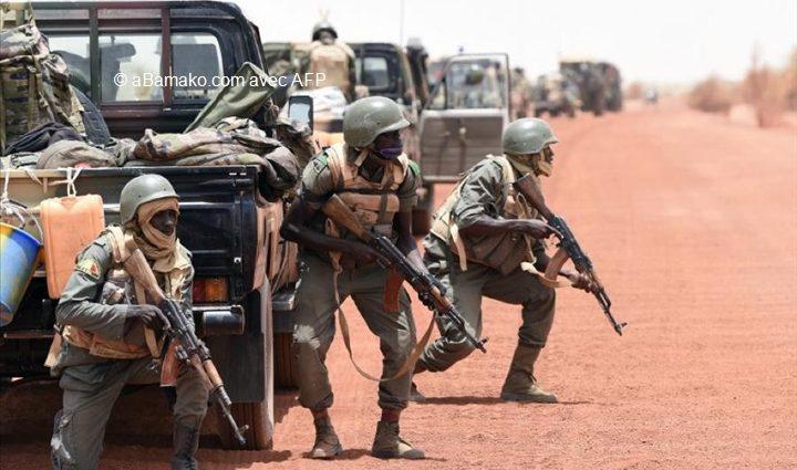 Au Mali, une ville frontalière du Niger accueille le retour de l'Etat et de l'armée