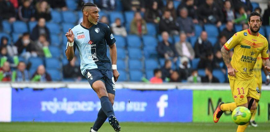 Foot Afrique Saint-Etienne: Harold Moukoudi a signé