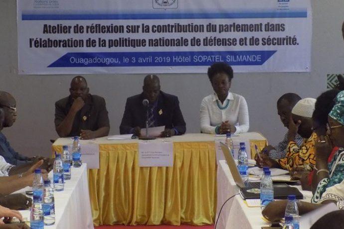 Défense et sécurité : Des députés burkinabè et des experts en conclave