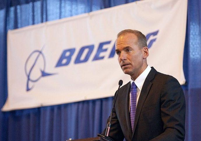 Crashs des 737 Max 8 : Le PDG de Boeing rejette toutes formes de responsabilité