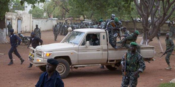 Mali : Douze soldats tués