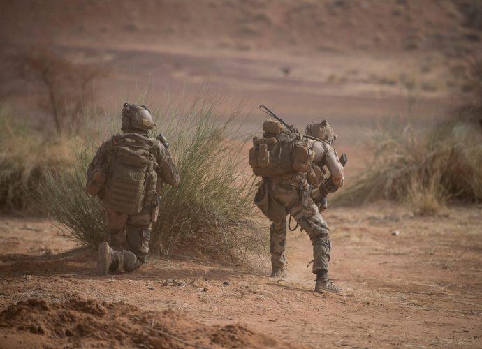 """Mali: décès d'un médecin militaire français dans une opération contre des groupes """"terroristes"""""""