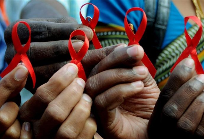 Au moins 1 homosexuel sur 5 est séropositif