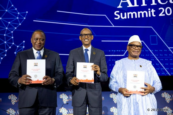 "Kigali, affluence de VIP au ""Sommet Transform Africa"""