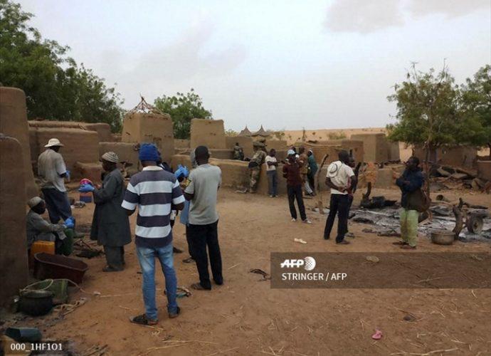 Tuerie de Sobane Da : Recueillement à Bamako