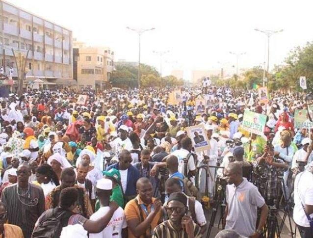Vendredis de contestation : quand le Sénégal imite l'Algérie