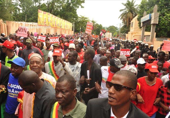 Grande mobilisation contre la prorogation et la révision constitutionnelle: Après le 30 juin, la digue de l'accalmie risquerait de céder