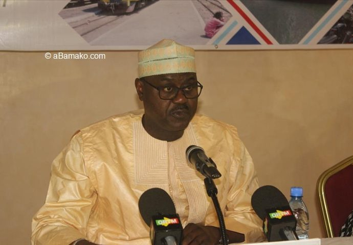 Cabale politico-médiatique contre Me Baber Gano: Me Mohamed Diop met Soumeylou Boubeye Maiga dans ses petits souliers et recadre Alassane Ba de l'ARMDS !