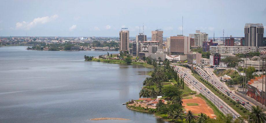 Conférence des chefs d'Etat et de gouvernement à Abidjan