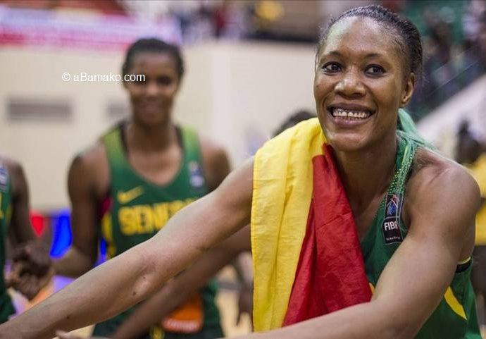 Basketball : Astou Traoré, meilleure marqueuse de l'histoire de l'Afrobasket féminin, en quête d'un nouveau sacre avec le Sénégal