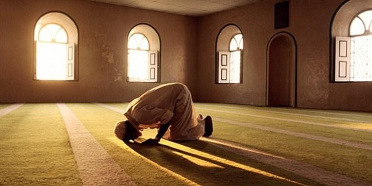 Algérie : Polémique suite au discours politique d'un imam pendant la prière de l'Aïd el-Kebir