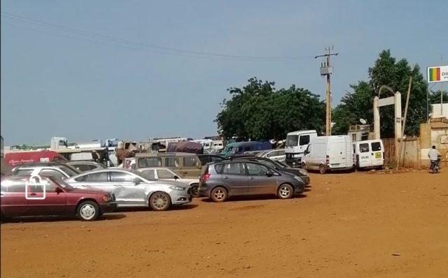 Urgent : La Douane de Diboli bloque le trafic pour des futilités