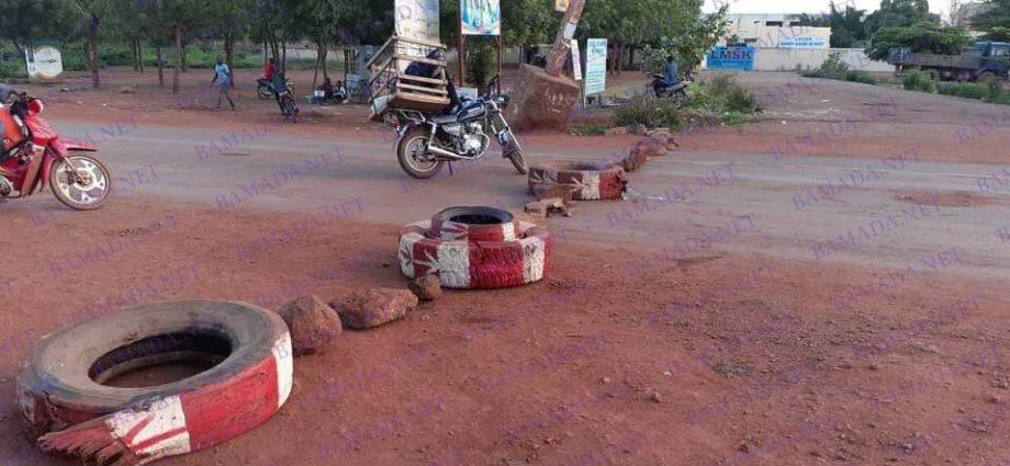 """Le Mali confronté au """"printemps des routes"""""""