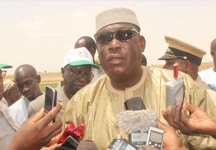 L'affaire Bakary se politise…