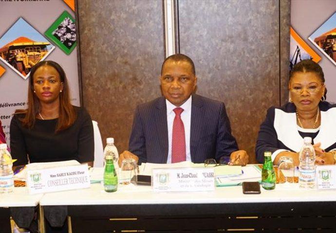 Côte d'Ivoire Consultation des entreprises minières pour la réalisation de l'infrastructures géologique et géophysique, le développement local du cycle 2020-2025