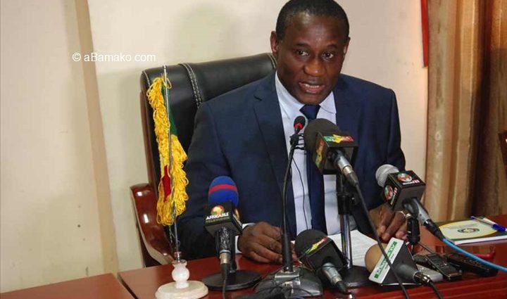 Yaya Sangare, Ministre de la communication, Porte-parole, du gouvernement: « Personne ne doit se mettre en retrait du dialogue national inclusif »