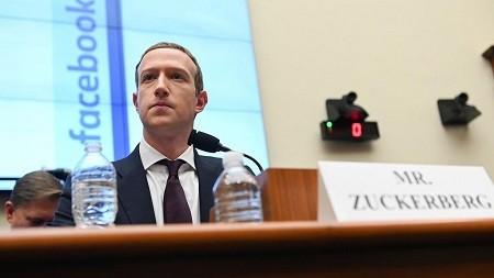 Facebook démantèle une opération de « désinformation » russe en Afrique