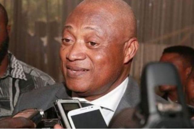 « La construction et la gestion des marchés relèvent des compétences propres des maires », persiste M.Fabre