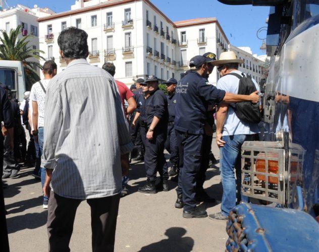 La LADDH appelle à « la libération immédiate de tous les détenus d'opinion »