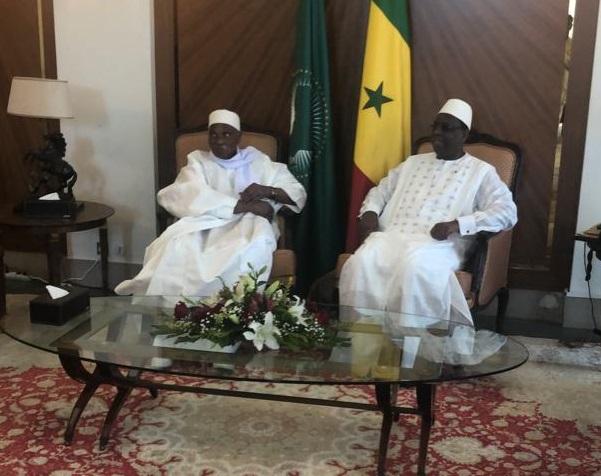 Les moments forts de la rencontre entre Macky Sall et Me Abdoulaye Wade en images (20 photos)