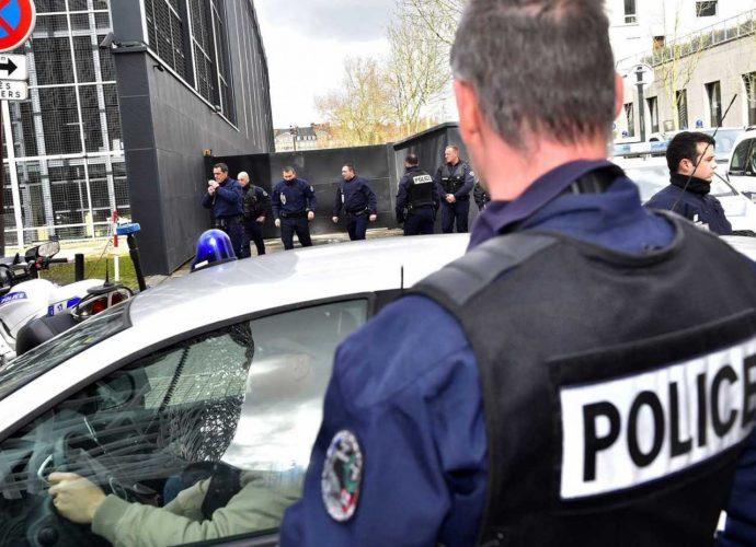 Un homme vole plus d'un million d'euros en France et se réfugie en Algérie