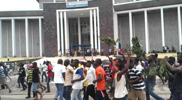RDCongo: Grogne étudiante: dangereuse escalade