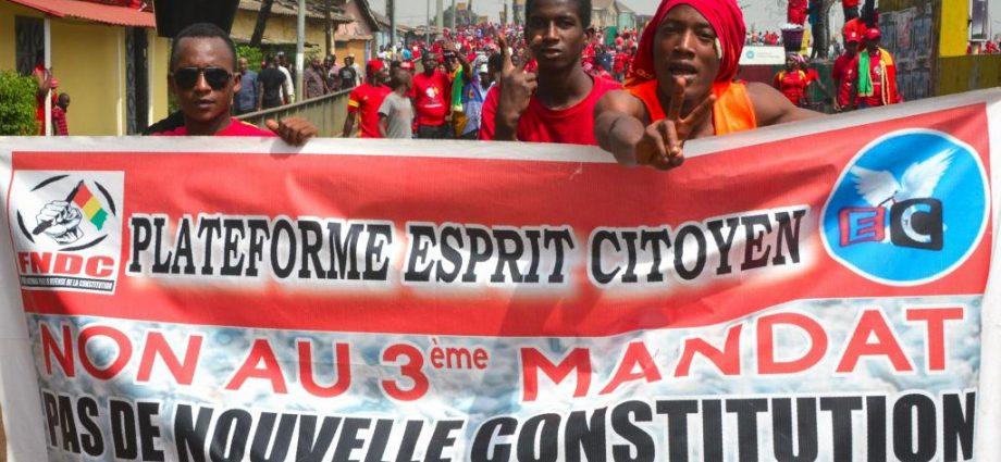Les guinéens dans les rues contre un 3ème mandat d'Alpha Condé