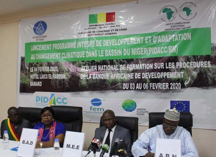Mali : Lancement officiel du Programme de développement et d'adaptation au changement climatique dans le Bassin du fleuve Niger