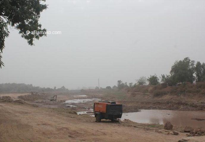 Dynamitage des rochers du lit du Canal du Niger Sotuba II : bâtiments et femmes enceintes sacrifiés, l'omerta du ministre Wagué de l'énergie