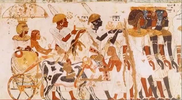 Cultures Afro-égyptiennes à la décadence des civilisations euro-américaines.