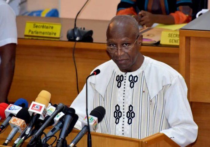 Christophe Dabiré : « Le Burkina Faso vit ! »